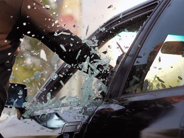 با این روش ها از سرقت خودرو جلوگیری کنید