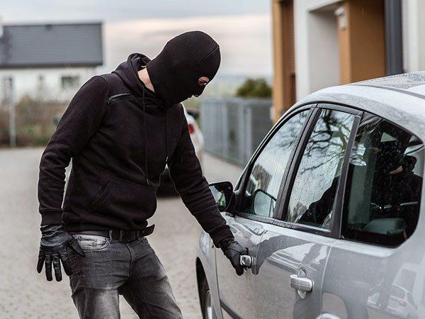 استفاده از ردیاب برای جلوگیری از دزدی خودرو